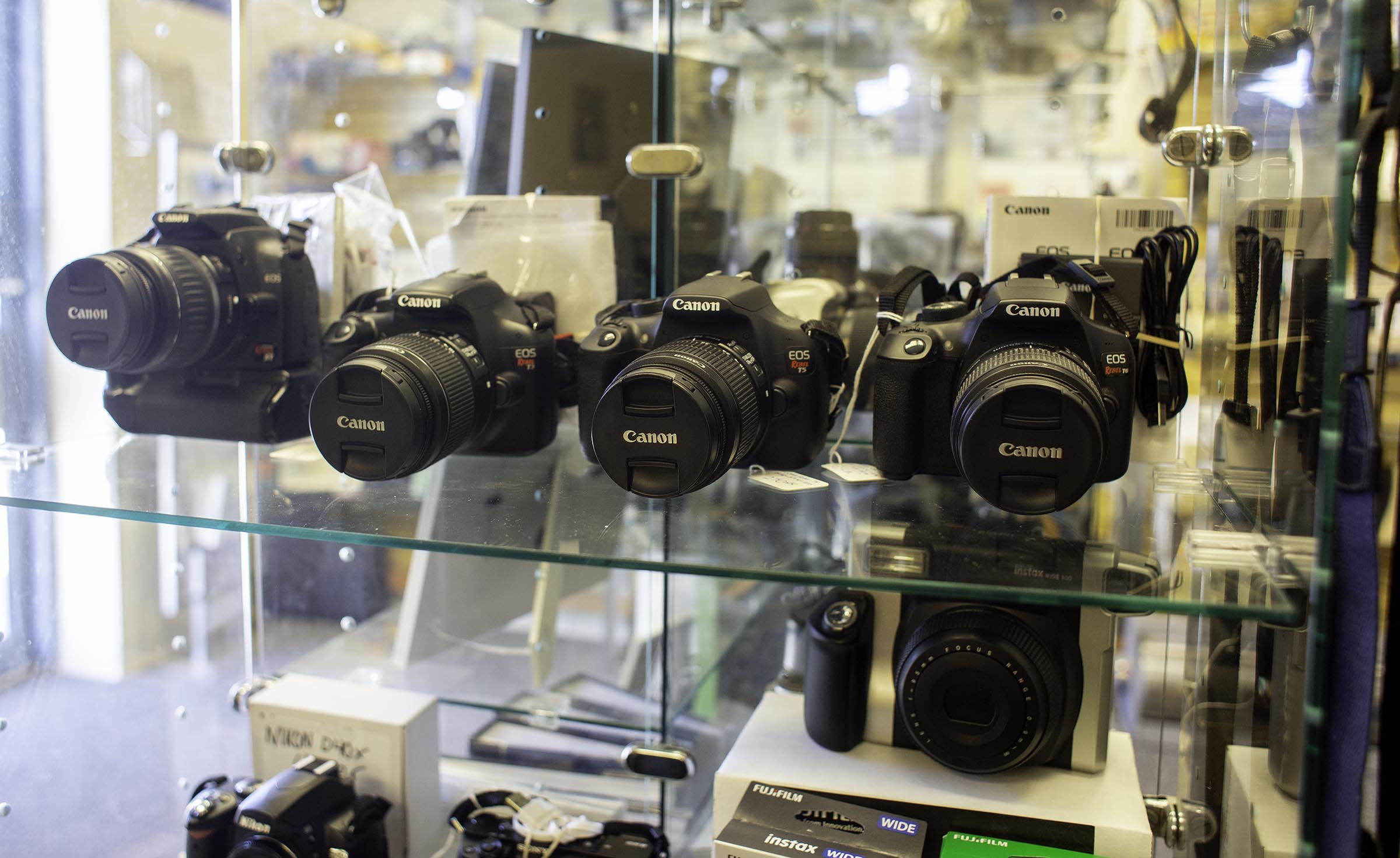 used canon dslr cams